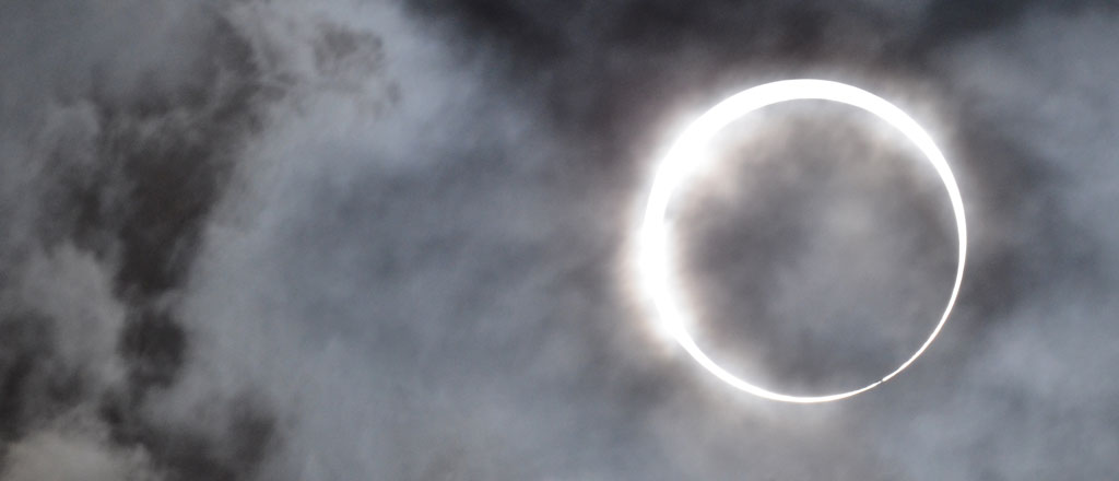 Solar eclipse and grid preparation