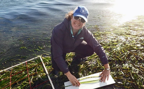 Jennifer O'Leary: Pew Fellowship funds Cal Poly biologist's study of Indian Ocean